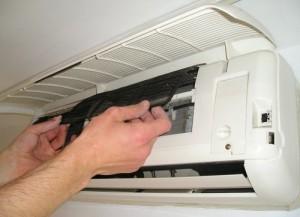 manutenzione pulizia filtri condizionatore milano
